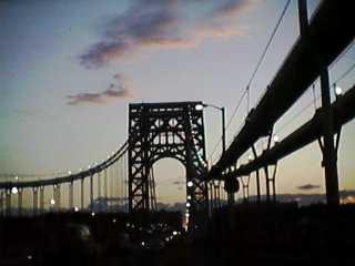 DJ1000: マンハッタンとジョージワシントンブリッジ